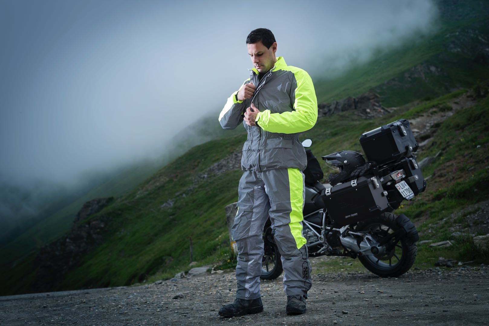 2018-ixs-rain-pants-jacket-1